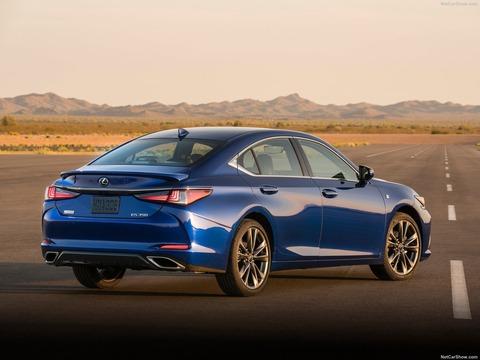 Lexus-ES-2019-1600-18