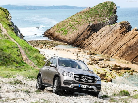 Mercedes-Benz-GLE-2020-1600-03
