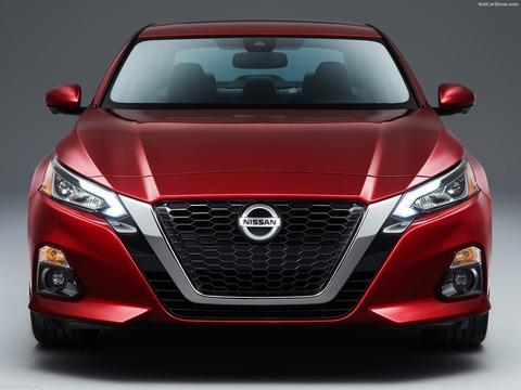 Nissan-Altima-2019-1600-09