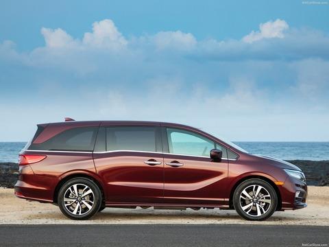 Honda-Odyssey-2018-1600-2a