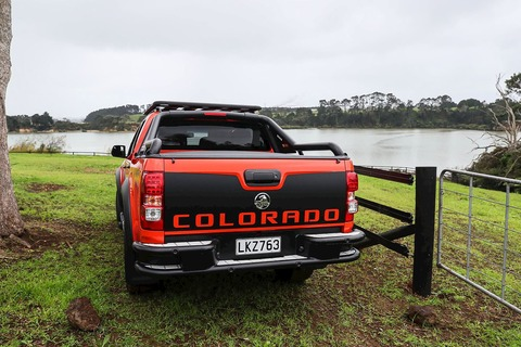 Holden-Colorado-Xtreme-rear
