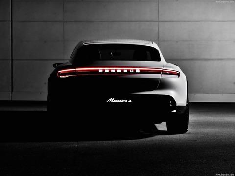 Porsche-Mission_E_Cross_Turismo_Concept-2018-1600-15