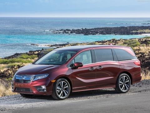 Honda-Odyssey-2018-1600-0d