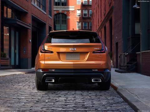 Cadillac-XT4-2019-1600-0a
