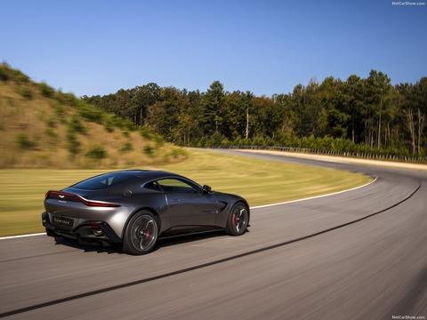 Aston_Martin-Vantage-2019-1600-3e