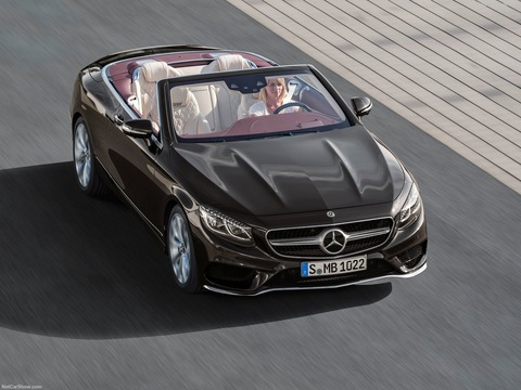 Mercedes-Benz-S-Class_Cabriolet-2018-1600-01