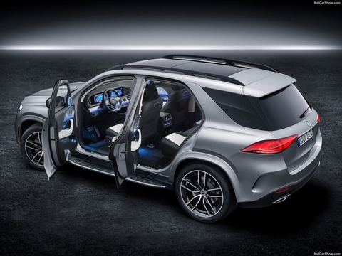 Mercedes-Benz-GLE-2020-1600-2f