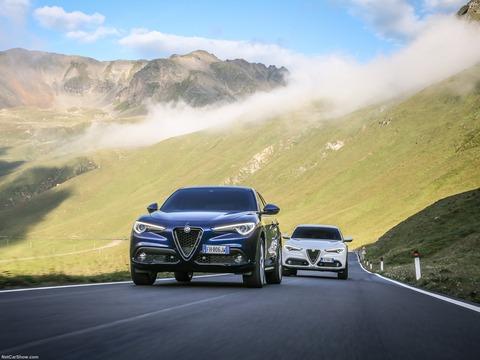Alfa_Romeo-Stelvio-2018-1600-9e