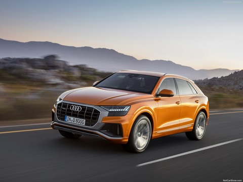 Audi-Q8-2019-1600-0b