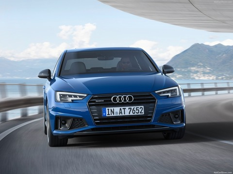Audi-A4-2019-1600-0c