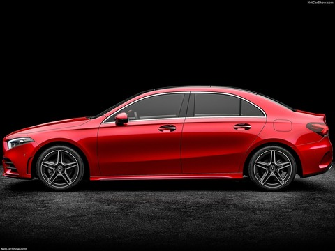 Mercedes-Benz-A-Class_L_Sedan_CN-Version-2019-1600-09