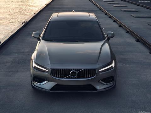 Volvo-S60-2019-1600-27