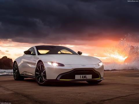 Aston_Martin-Vantage-2019-1600-05