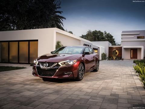 Nissan-Maxima-2016-1600-03