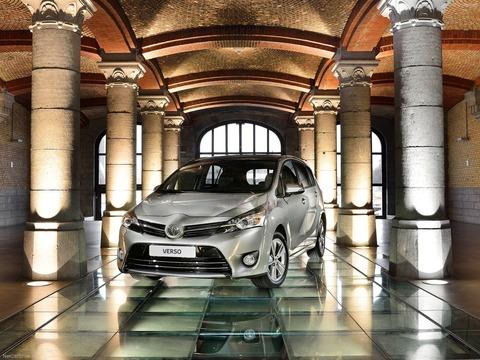 Toyota-Verso-2014-1600-03