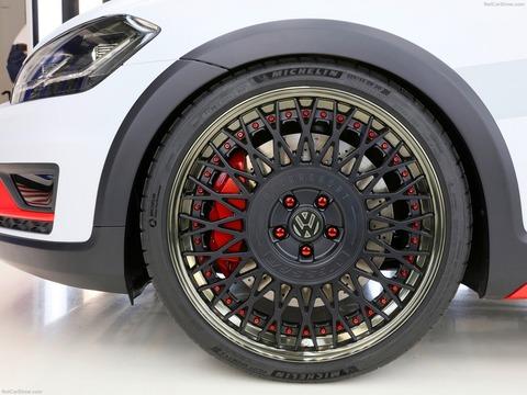 Volkswagen-Golf_Variant_TGI_GMotion_Concept-2018-1600-06