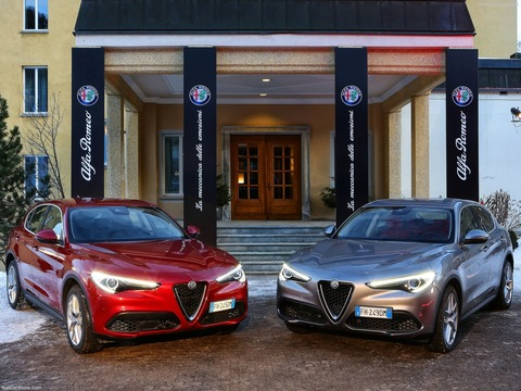 Alfa_Romeo-Stelvio-2018-1600-9b