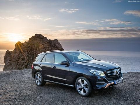 Mercedes-Benz-GLE-2016-1600-01