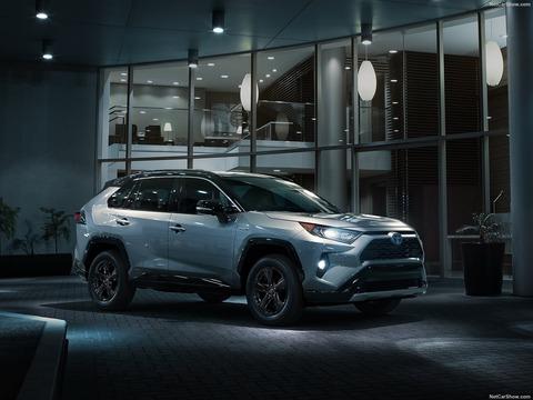 Toyota-RAV4-2019-1600-04