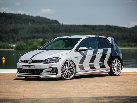 Volkswagen-Golf_GTI_Next_Level_Concept-2018-1600-04