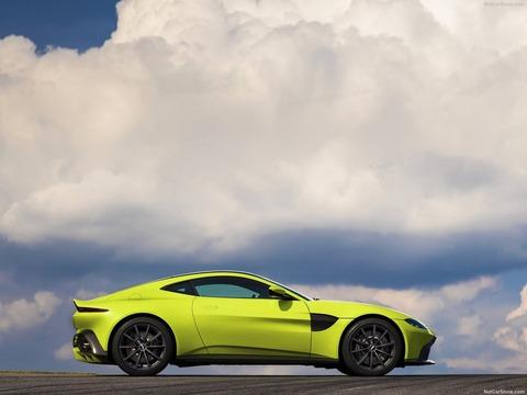 Aston_Martin-Vantage-2019-1600-28