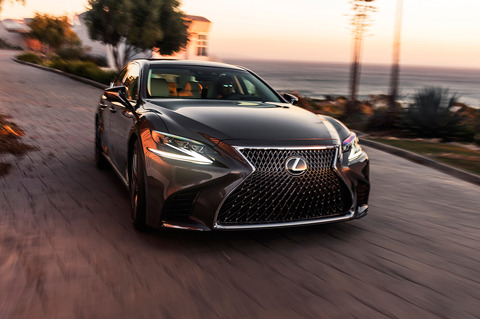2018-Lexus-LS-500-front-end-in-motion