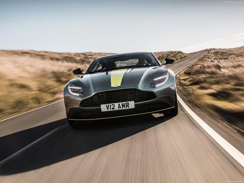 Aston_Martin-DB11_AMR-2019-1600-0a