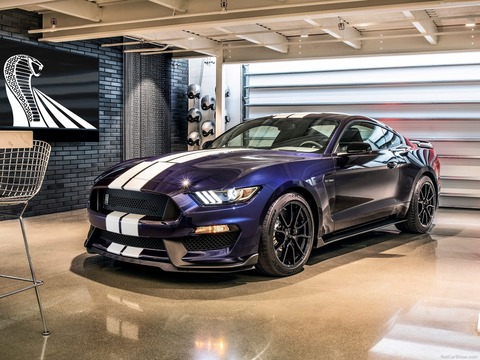 Ford-Mustang_Shelby_GT350-2019-1600-01