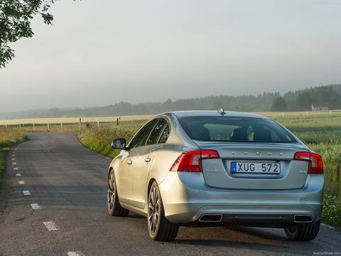 Volvo-S60-2014-1600-12