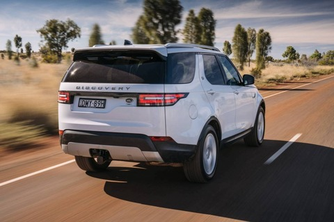 2018-Land-Rover-Discovery-Launch-Review-by-Practical-Motoring5