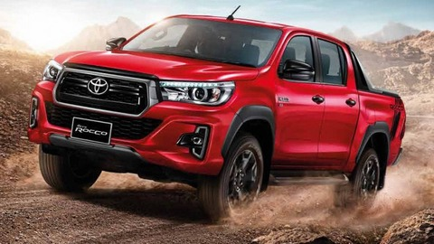 2018-Toyota-Hilux-comes-out-refreshed-in-Thailand-4