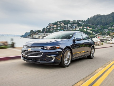 Chevrolet-Malibu-2016-1600-05