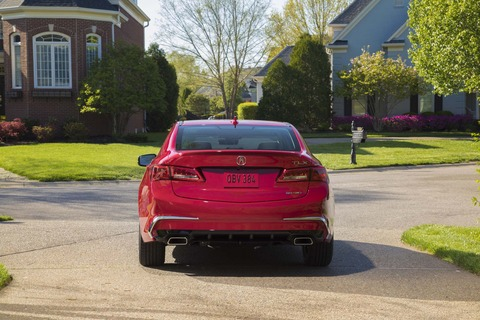 2018-Acura-TLX-V-6-rear-end