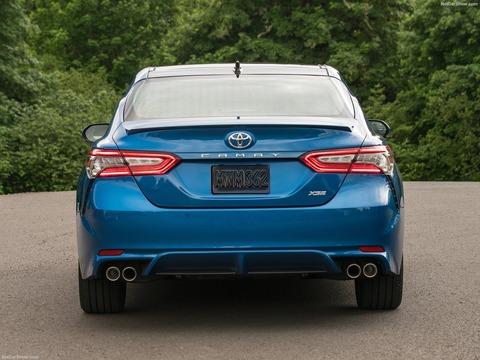 Toyota-Camry-2018-1600-46
