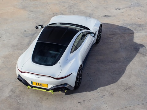 Aston_Martin-Vantage-2019-1600-31