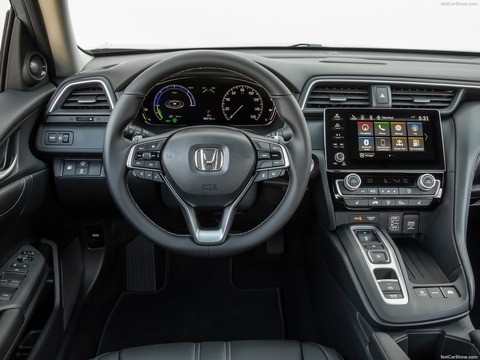 Honda-Insight-2019-1600-40