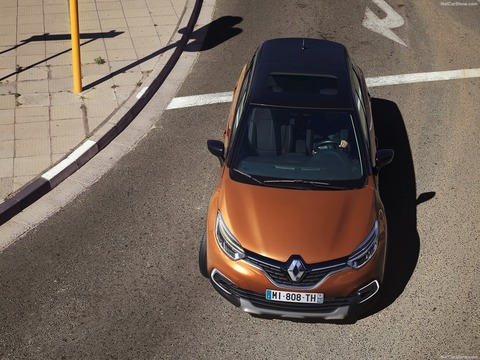 Renault-Captur-2018-1600-40
