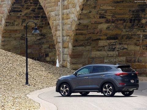 Hyundai-Tucson-2016-1600-15