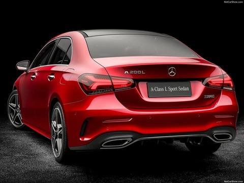 Mercedes-Benz-A-Class_L_Sedan_CN-Version-2019-1600-0a