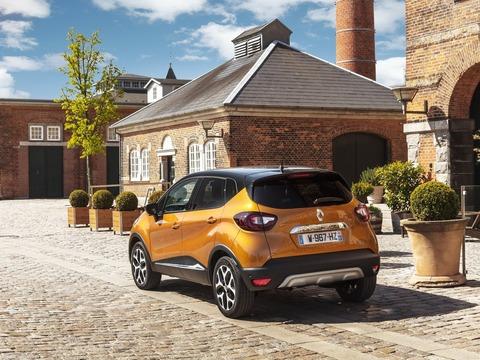 Renault-Captur-2018-1600-30
