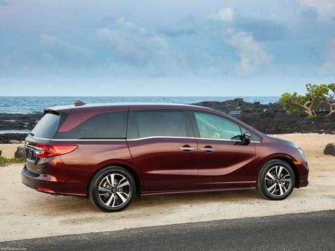 Honda-Odyssey-2018-1600-47