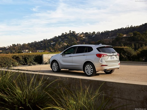 Buick-Envision-2019-1600-05