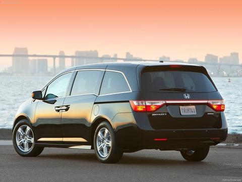 Honda-Odyssey-2012-1600-1f