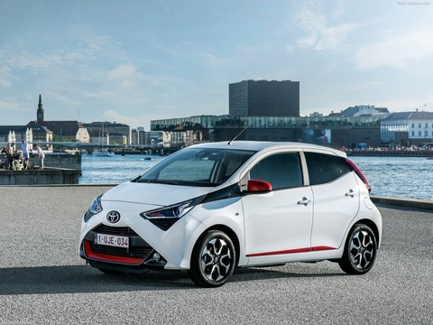 Toyota-Aygo-2019-1600-06