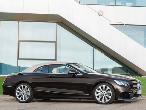 Mercedes-Benz-S-Class_Cabriolet-2018-1600-05