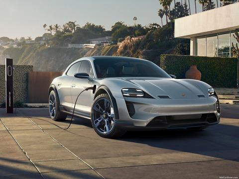 Porsche-Mission_E_Cross_Turismo_Concept-2018-1600-02