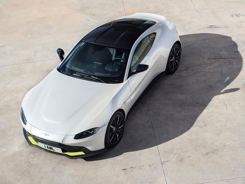 Aston_Martin-Vantage-2019-1600-09