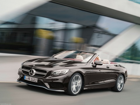 Mercedes-Benz-S-Class_Cabriolet-2018-1600-06