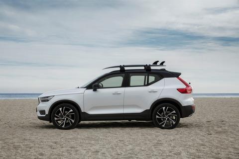 216729_New-Volvo-XC40-exterior--1024x683