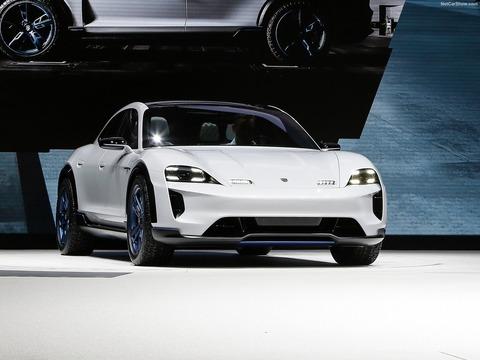 Porsche-Mission_E_Cross_Turismo_Concept-2018-1600-18